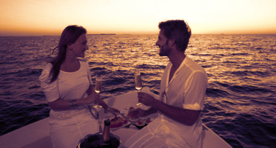 Romantic Date on Yacht in Mumbai