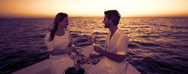 Romantic Date on Yacht in Mumbai