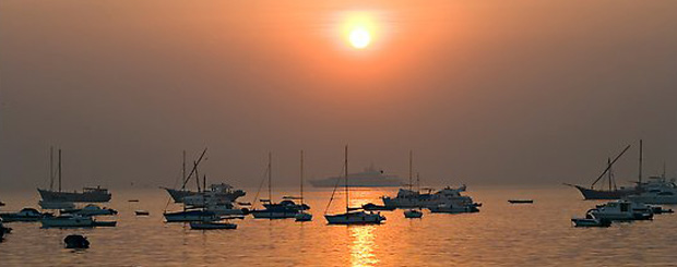Sunrise Cruise on a Yacht in Mumbai