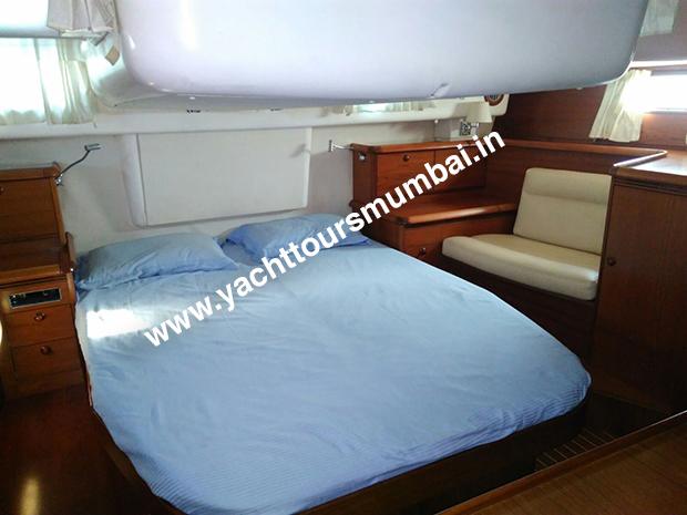 Jeanneau 54 Yacht Mumbai Bedroom
