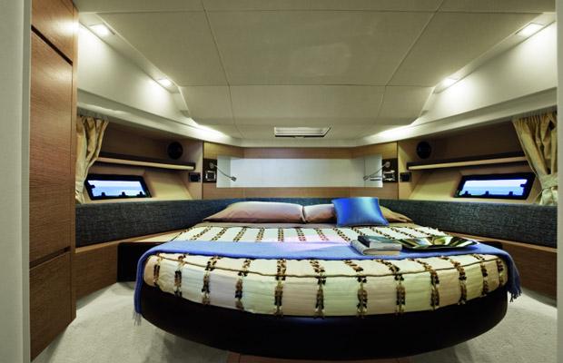 Azimut 38 Yacht Mumbai 4