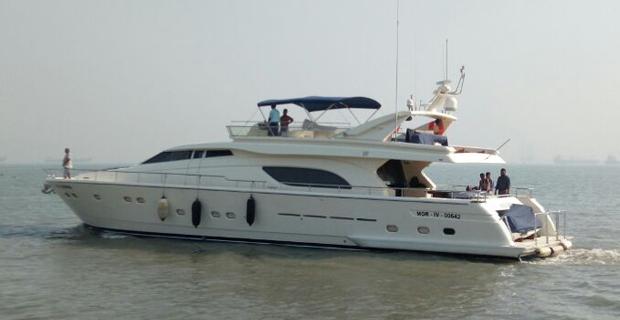 Ferretti 880 Yacht Mumbai