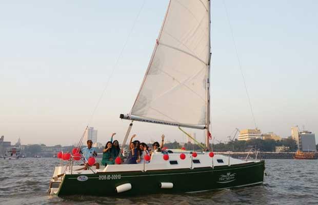 XS 26 Yacht on Charter in Mumbai