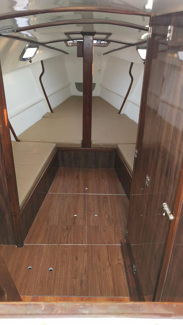 XS 27 Sail Yacht on Charter in Mumbai