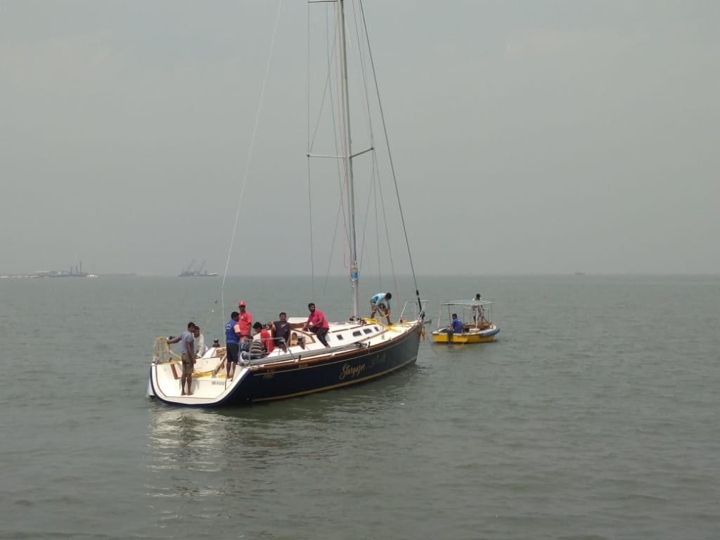 XS 40 Sail Yacht Charter Mumbai 7